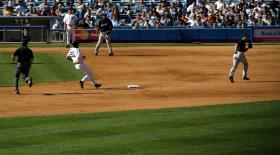 Bobby Abreu reaching second